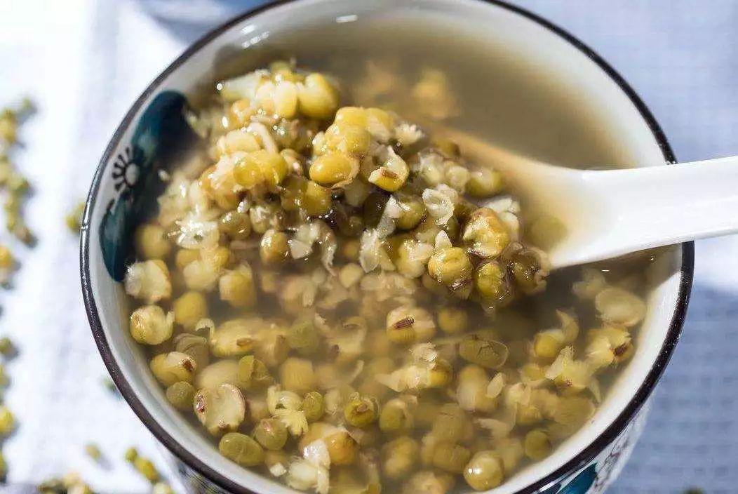 绿豆汤的正确做法(解暑绿豆汤的正确做法)插图