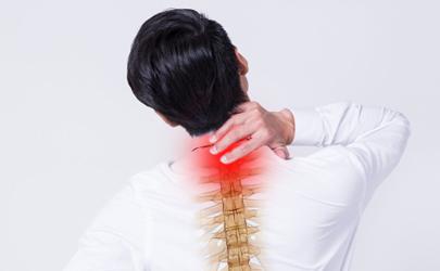 颈椎病犯了快速缓解(解决颈椎病最有效的方法)